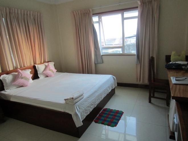 My room at Seng Hout hotel.